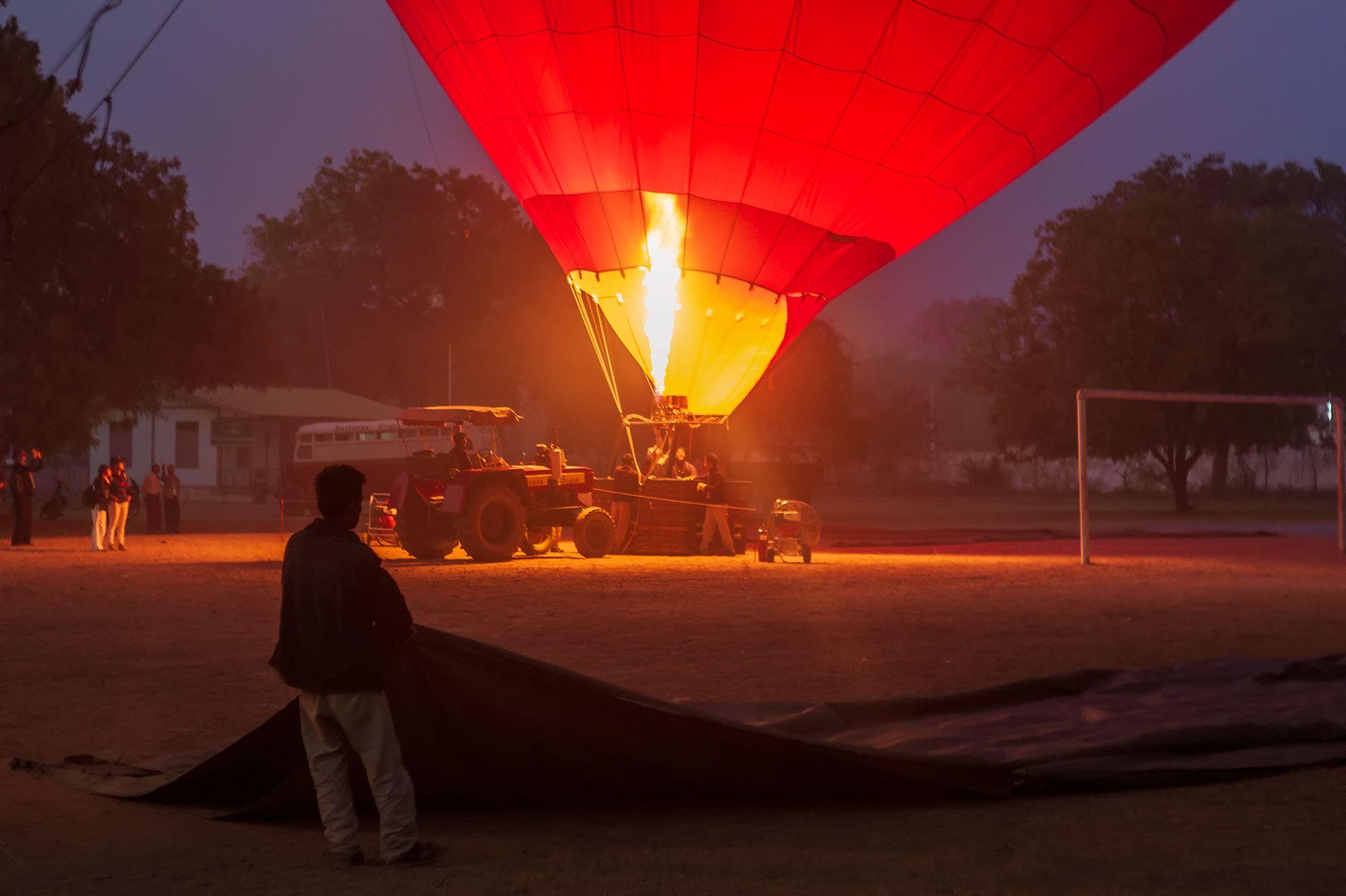 Heissluftballon in Startposition
