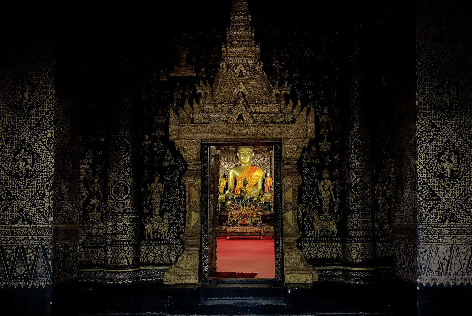 Eingang zum Wat Xienthong