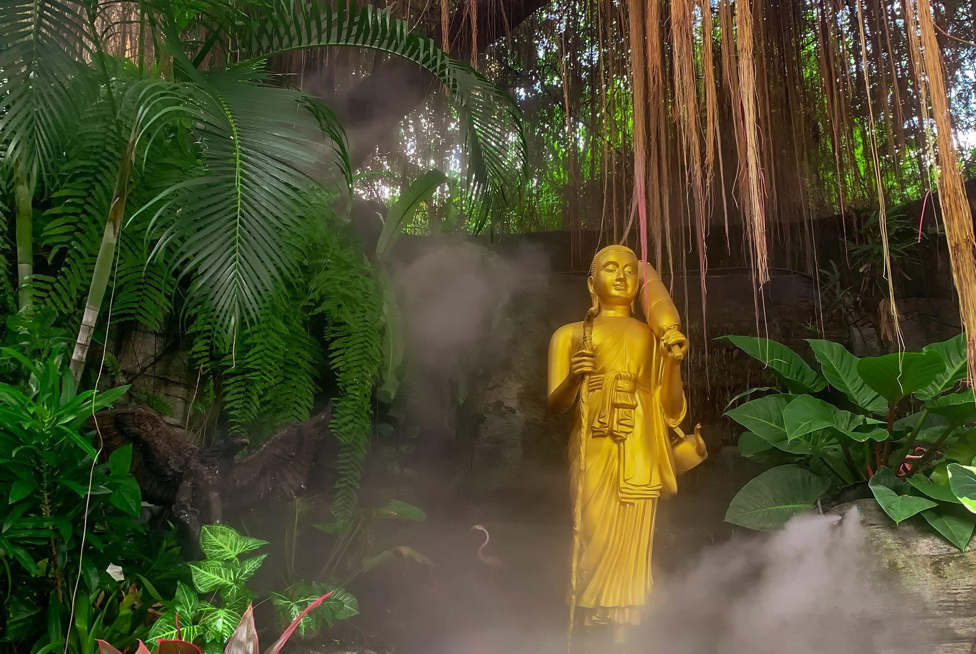Aufstieg zum Golden Mount Tempel