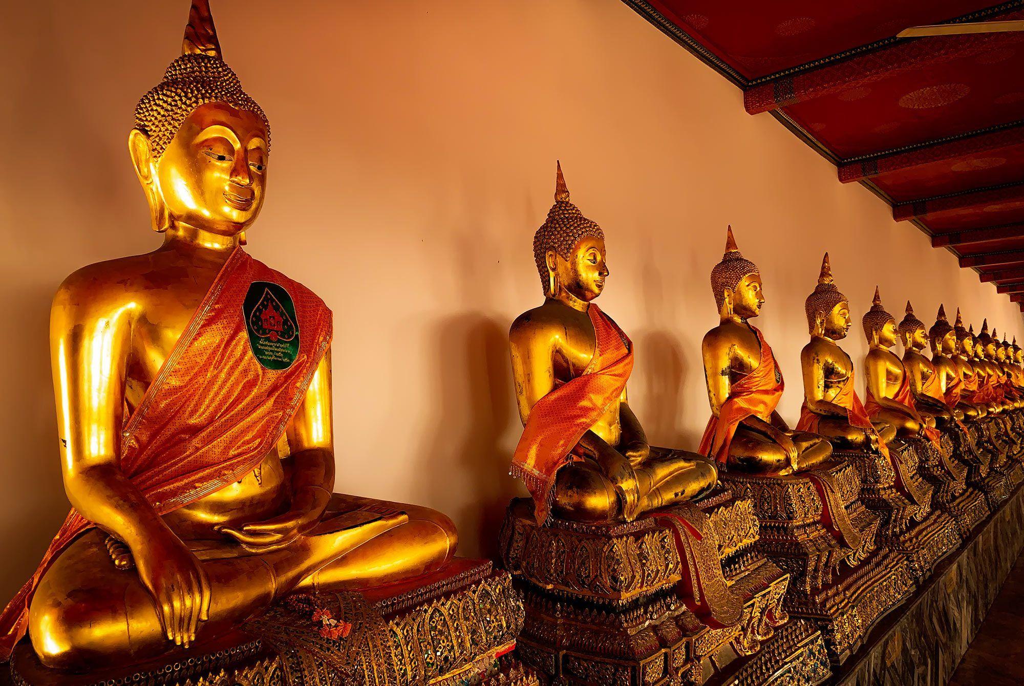 Buddha Statuen im Wat Pho