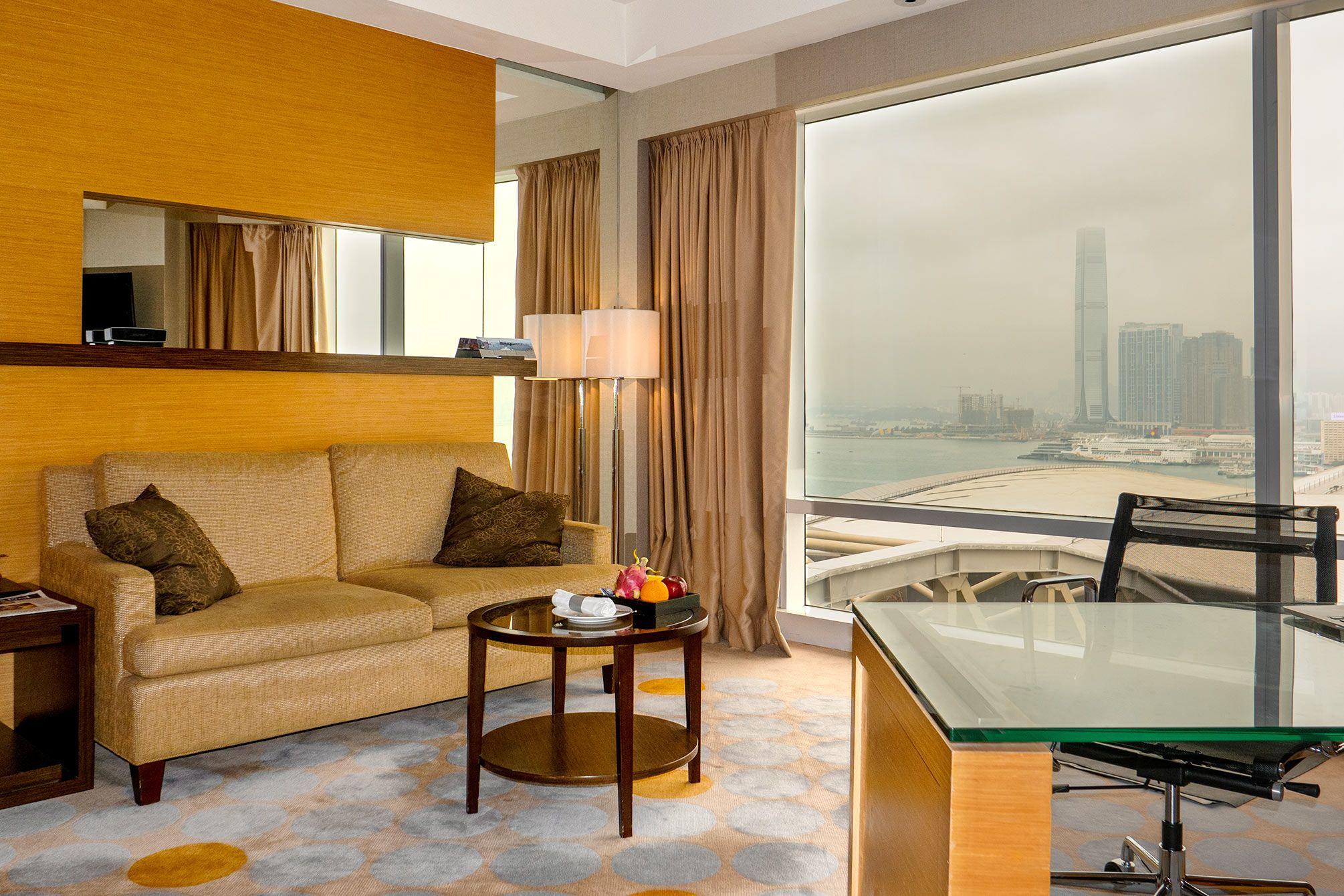 suite room Reniassance Harbour View